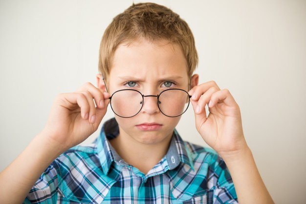 Signs of Child Eye Problems: Know from Eye specialist for Kids